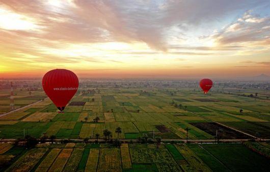 Cu balonul deasupra Egiptului - Poza 9