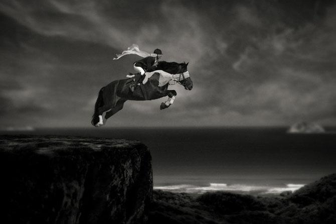 Ce face Caras Ionut din fotografii - Poza 1