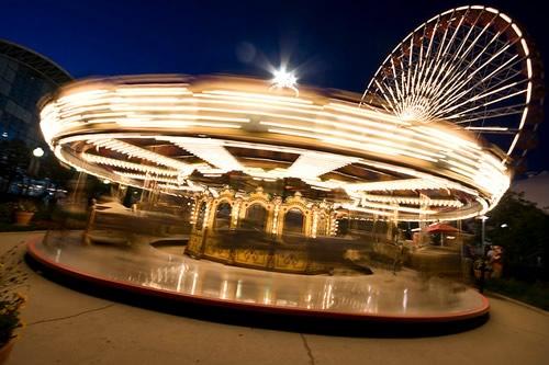Fotografiile unui carusel plin de culoare - Poza 15