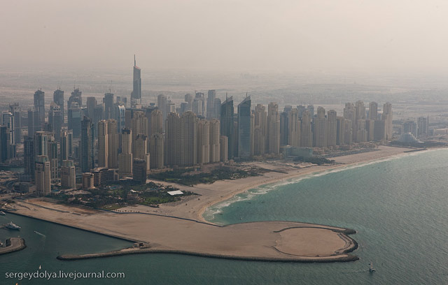 Dubai, vazut din elicopter - Poza 16