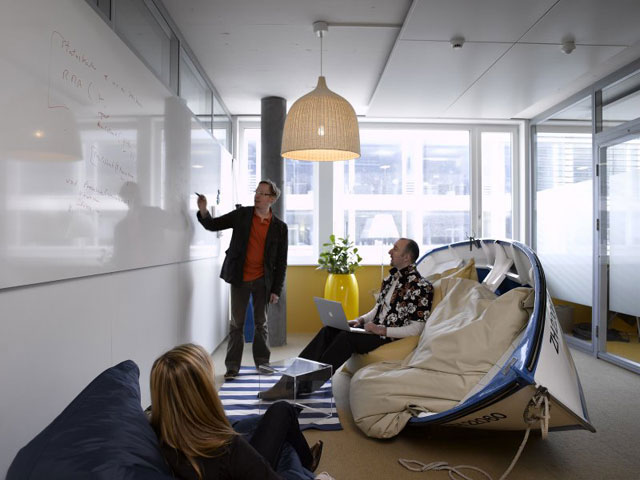 Cum arata sediile Google din California si Zurich? - Poza 15