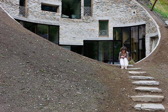 Casa din colina
