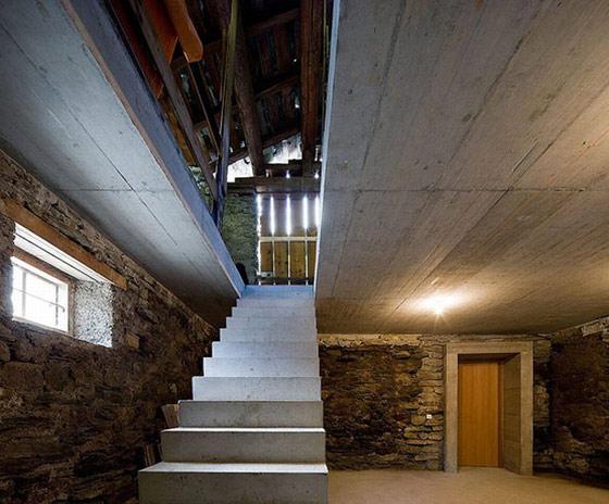 Casa din colina - Poza 8
