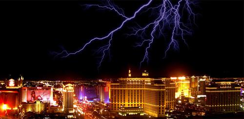 39 de fotografii uimitoare ale fulgerelor - Poza 18