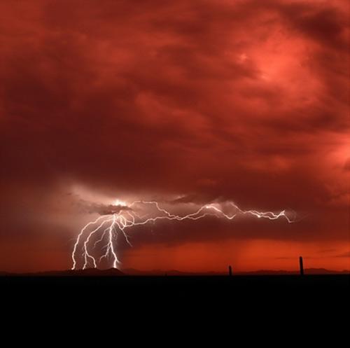 39 de fotografii uimitoare ale fulgerelor - Poza 9
