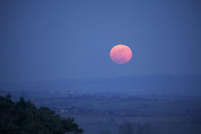 26 de fotografii superbe cu Luna - Poza 13