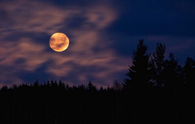 26 de fotografii superbe cu Luna - Poza 18