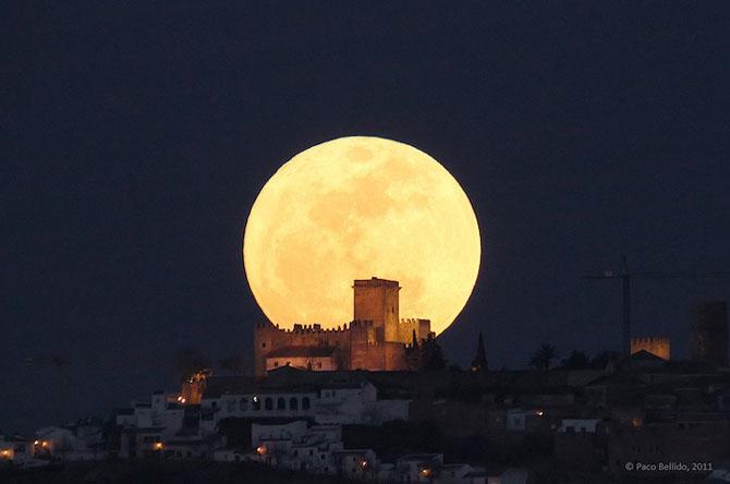 26 de fotografii superbe cu Luna - Poza 6