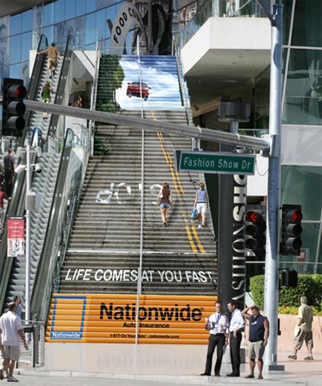 15 reclame creative, puse pe scari