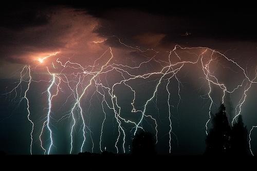 39 de fotografii uimitoare ale fulgerelor - Poza 7