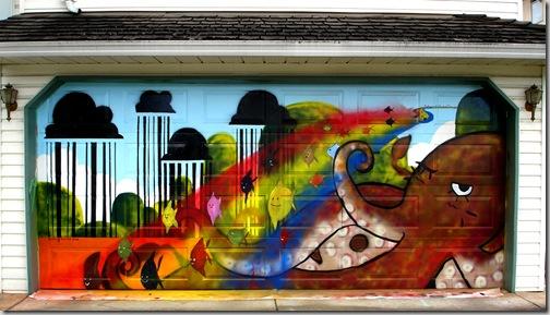 24 de picturi fenomenale pe usile garajelor - Poza 17