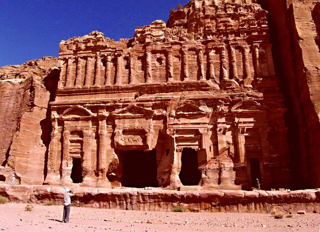 Petra, orasul sapat in piatra - Poza 13