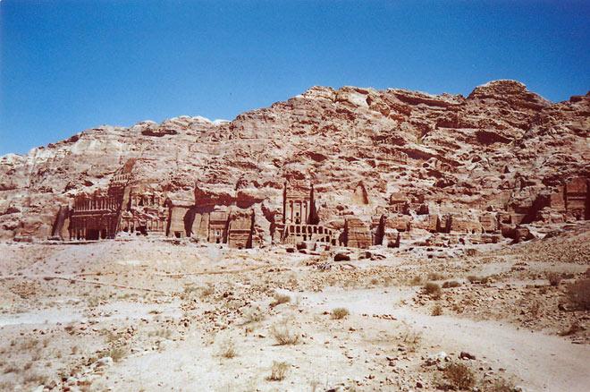 Petra, orasul sapat in piatra - Poza 15