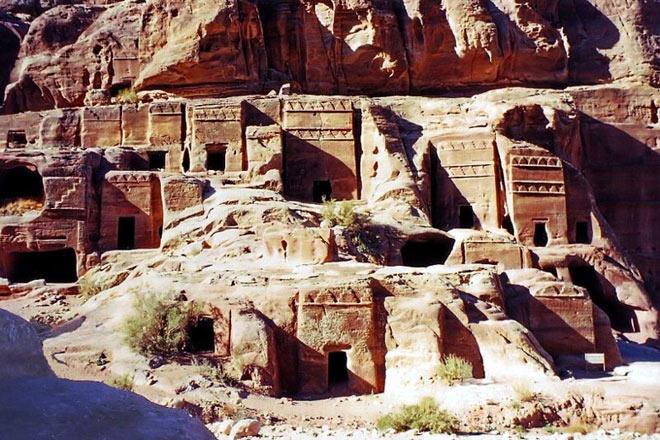 Petra, orasul sapat in piatra - Poza 2