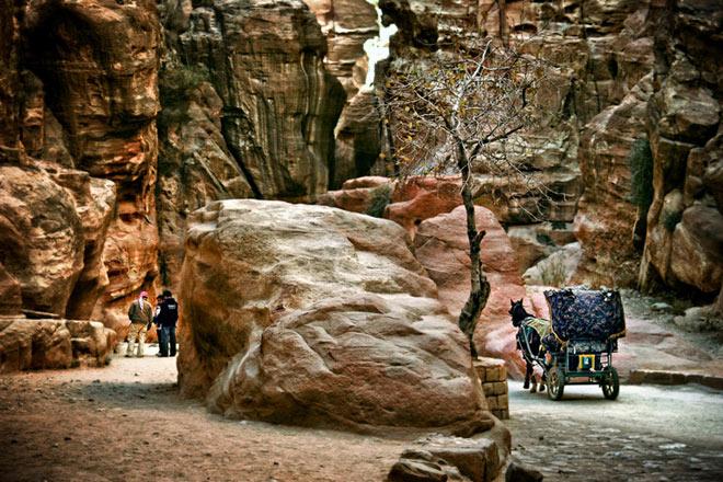 Petra, orasul sapat in piatra - Poza 9