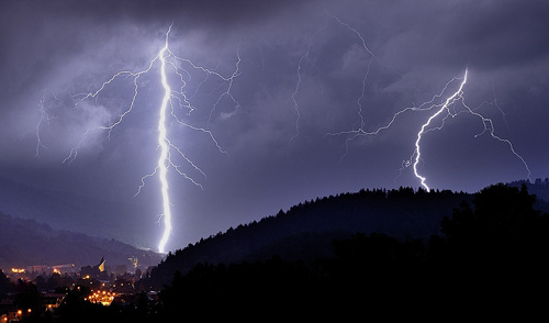 39 de fotografii uimitoare ale fulgerelor - Poza 36