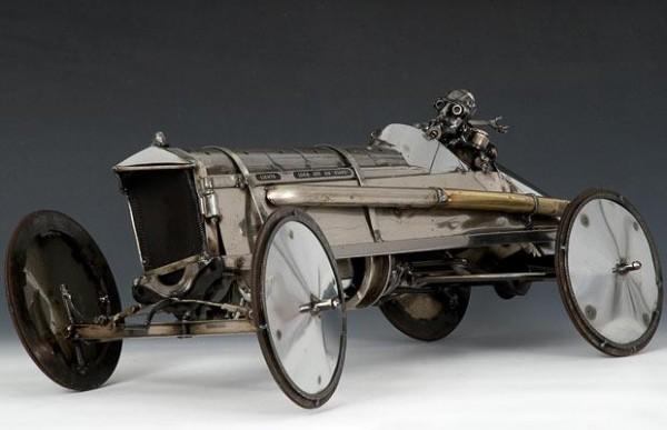 Sculpturi din piese de masini vechi - Poza 9