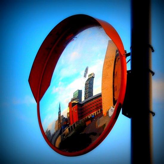 45 de fotografii superbe cu reflexii - Poza 15