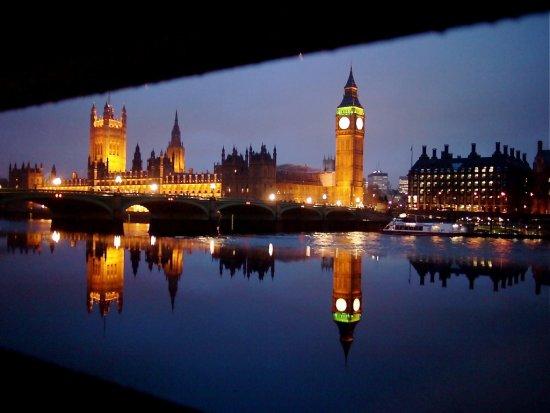 45 de fotografii superbe cu reflexii - Poza 23