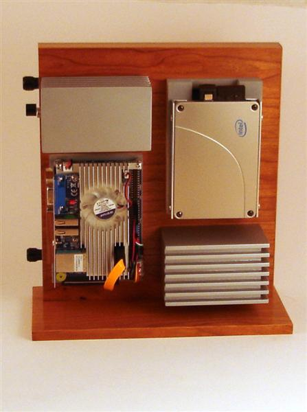 Carcasa PC din lemn si aluminiu - Poza 5