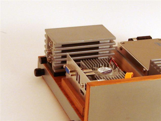 Carcasa PC din lemn si aluminiu - Poza 7