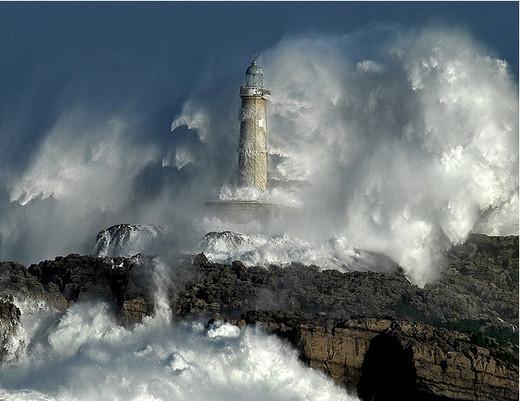 Natura dezlantuita: 30 de poze cu furtuni - Poza 10