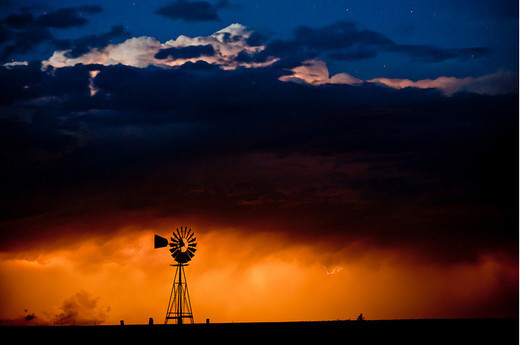 Natura dezlantuita: 30 de poze cu furtuni - Poza 12