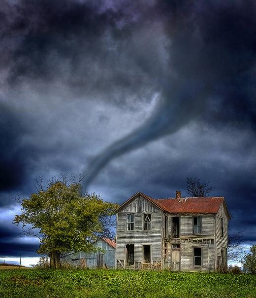Natura dezlantuita: 30 de poze cu furtuni - Poza 13