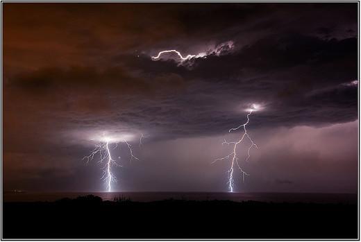 Natura dezlantuita: 30 de poze cu furtuni - Poza 23