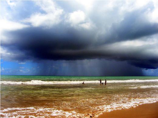 Natura dezlantuita: 30 de poze cu furtuni - Poza 26