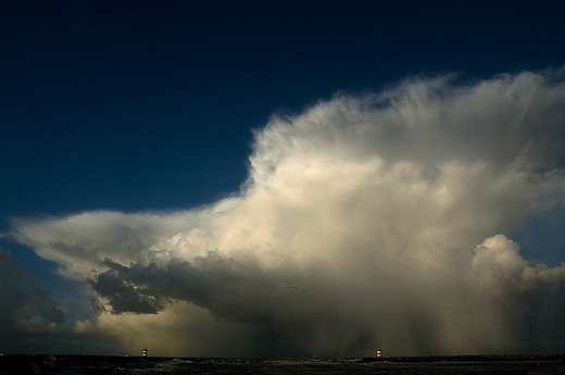 Natura dezlantuita: 30 de poze cu furtuni - Poza 5