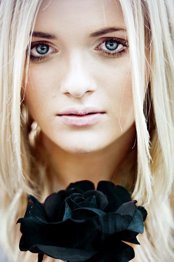 Portrete superbe by Caitlin Worthington - Poza 23