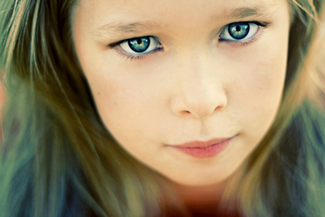 Portrete superbe by Caitlin Worthington - Poza 5