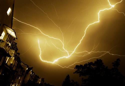 39 de fotografii uimitoare ale fulgerelor - Poza 3