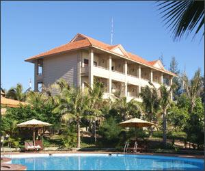 Travel tip: Nu scrie un review negativ despre hotelul in care inca sta - Poza 1