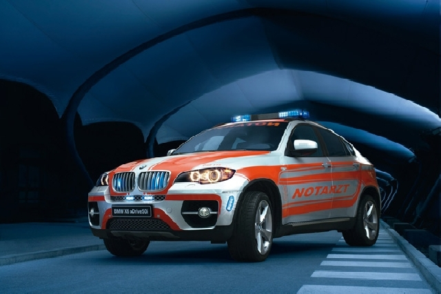 Poza 1: Ambulanta BMW X6
