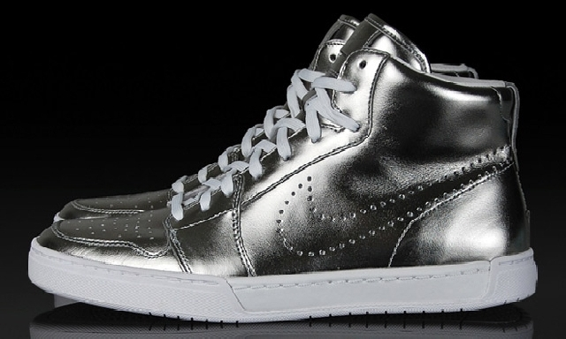 Poza 2: Nike Air Royal Mid Premium