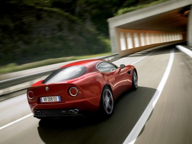 Poza 5: 2009 Alfa Romeo 8c GTA