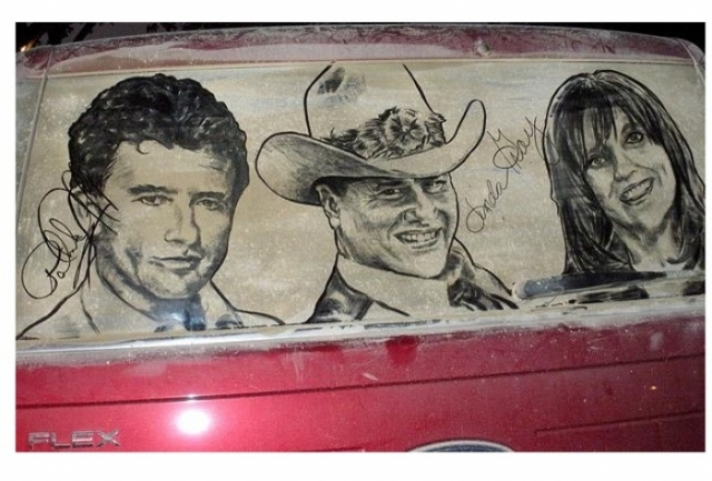 Foto 8: 20 de desene superbe pe masini murdare