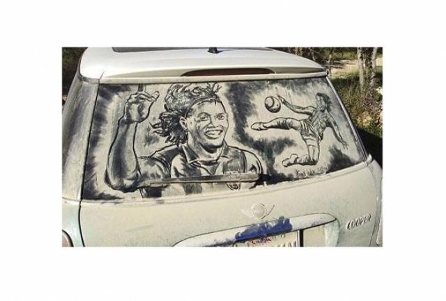 Foto 12: 20 de desene superbe pe masini murdare