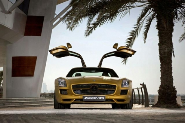 Foto 14: SLS AMG Desert Gold & 79