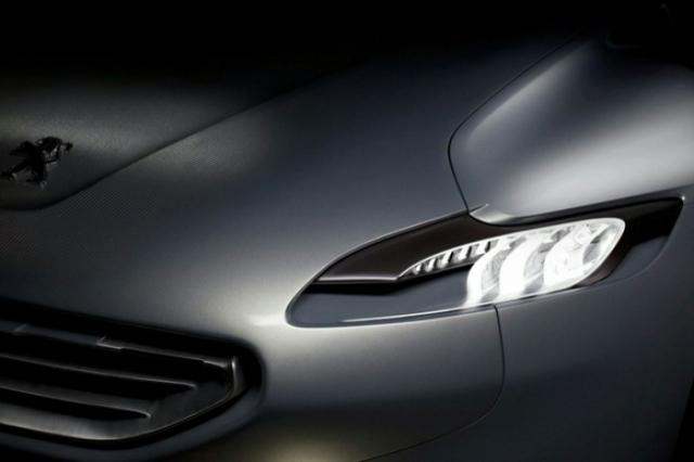 Foto 12: Peugeot SR1