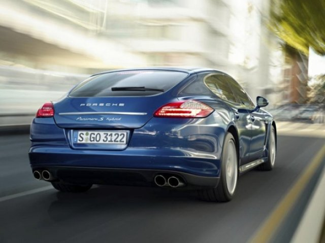 Foto 2: Porsche Panamera S Hybrid – Lux, sport si consum de 6,8 l/100 km