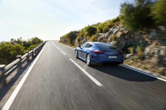 Foto 4: Porsche Panamera S Hybrid – Lux, sport si consum de 6,8 l/100 km