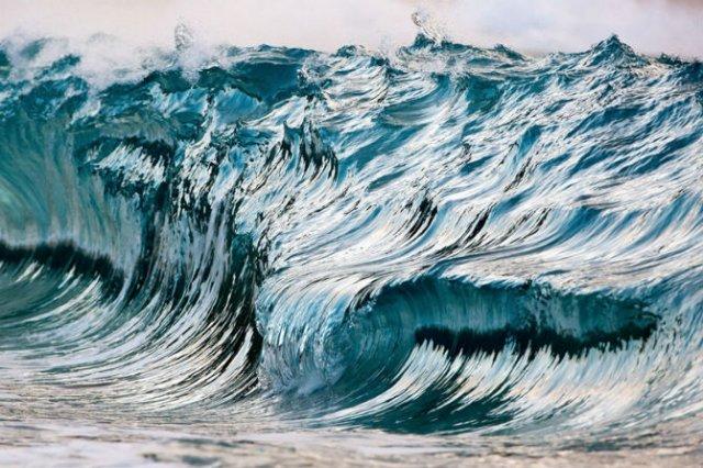 Frumusetea uluitoare a valurilor, in opt poze suprarealiste - Poza 3