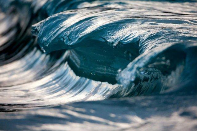 Frumusetea uluitoare a valurilor, in opt poze suprarealiste - Poza 5