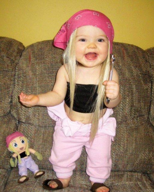 Copilasi adorabili care arata ca papusile lor - Poza 11