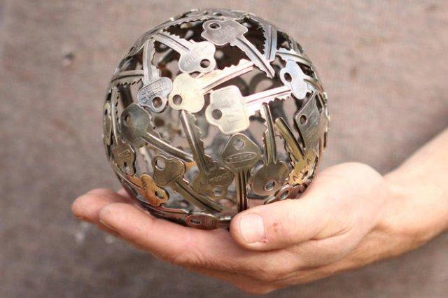 Sculpturi din chei si monede, cu Michael Moekerk - Poza 3