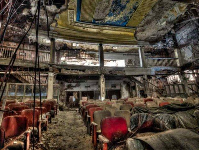 Cele mai frumoase locuri abandonate din lume - Poza 18