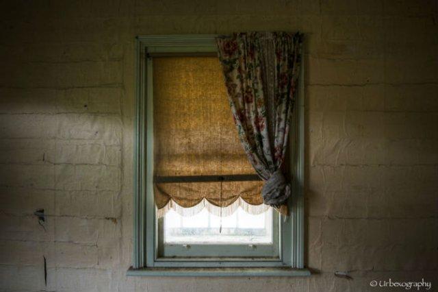 Ferestrele magice: Aduc un aer viu cladirilor abandonate - Poza 6